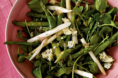 asparagus-and-spring-greens-salad-with-gorgonzola-vinaigrette