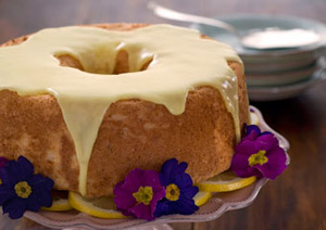 Lemony Angel Food Cake With Honey Yogurt Sauce
